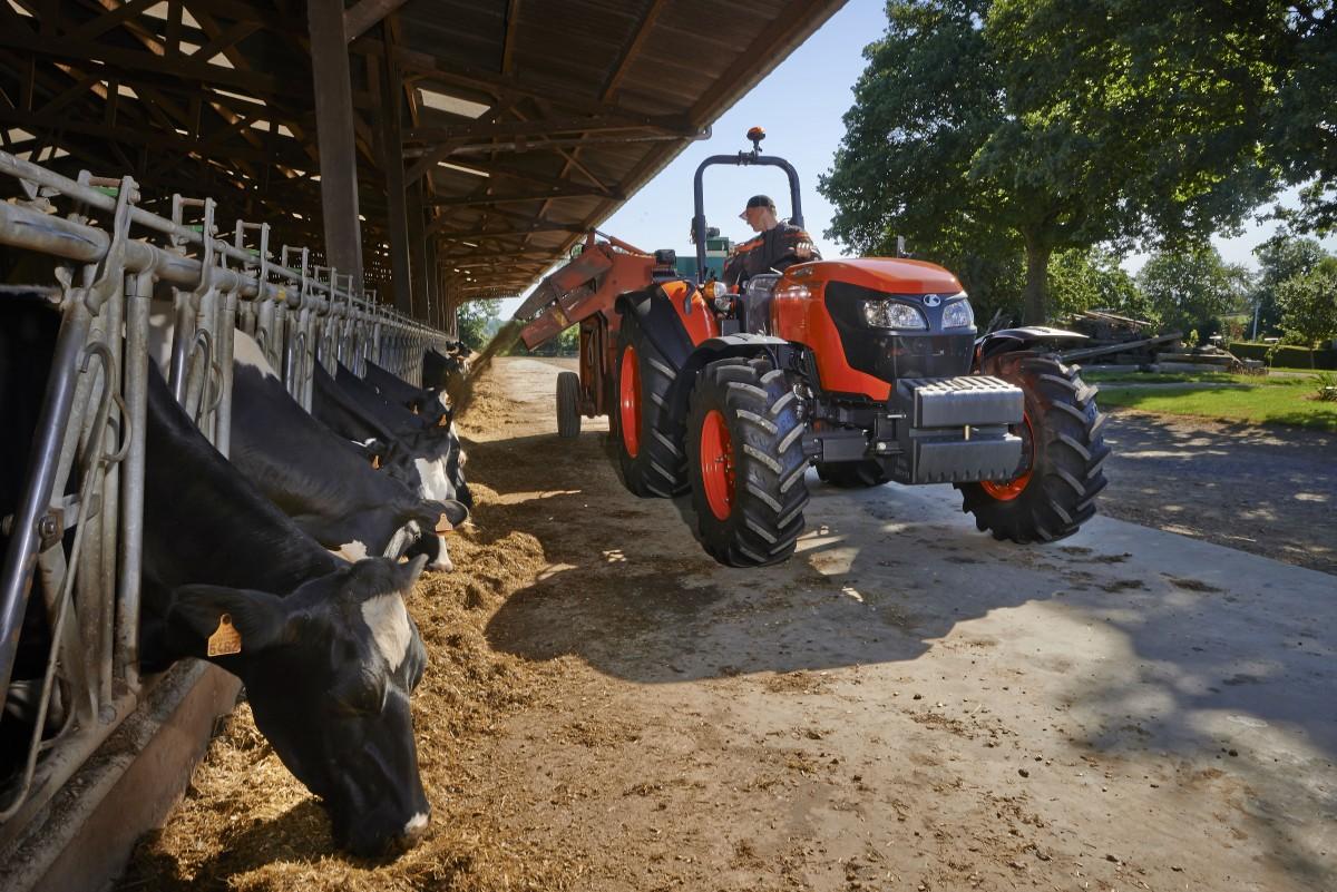 Agricultural Tractors M6060 ROPS - KUBOTA
