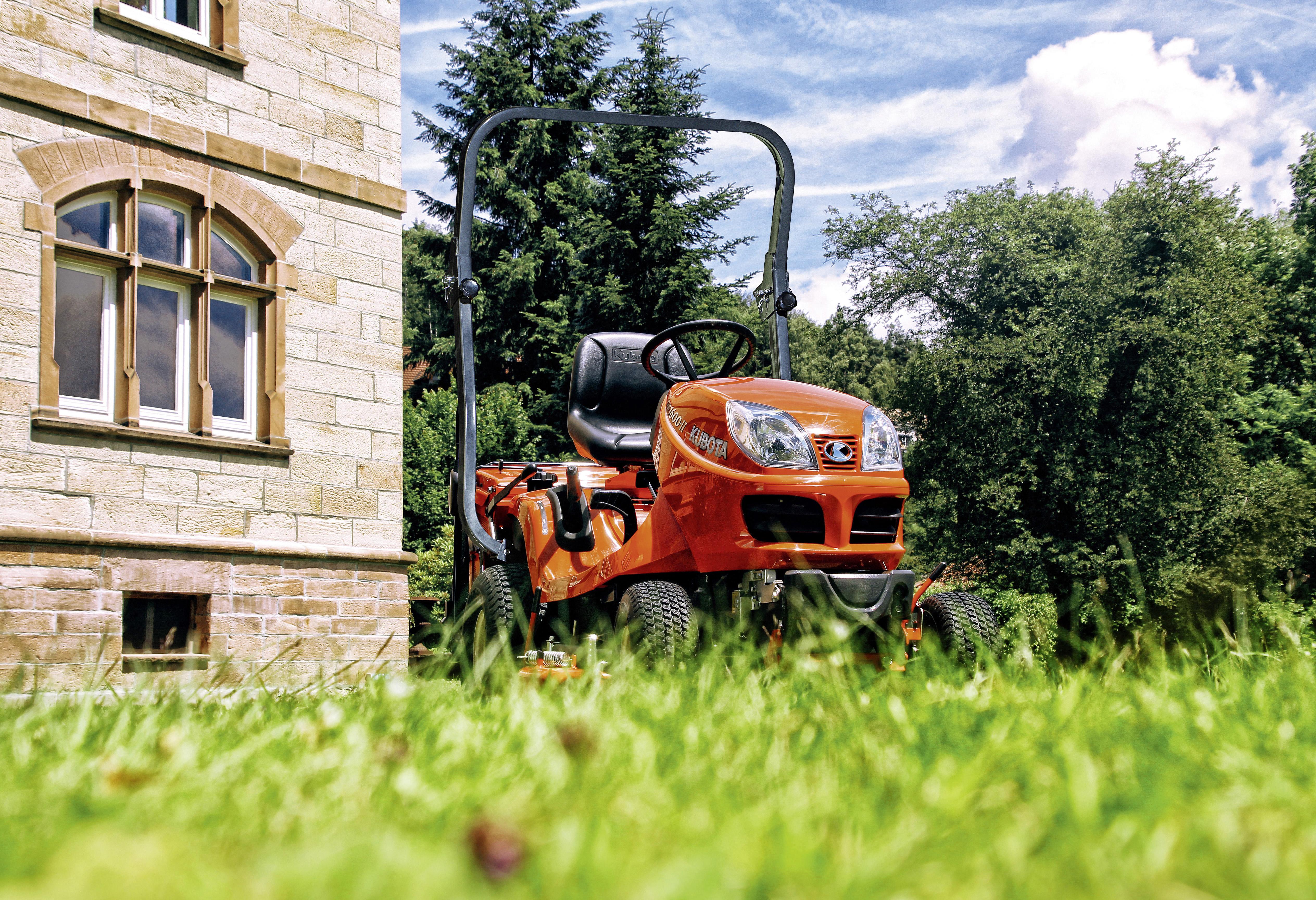 Grundstückspflege GR - KUBOTA
