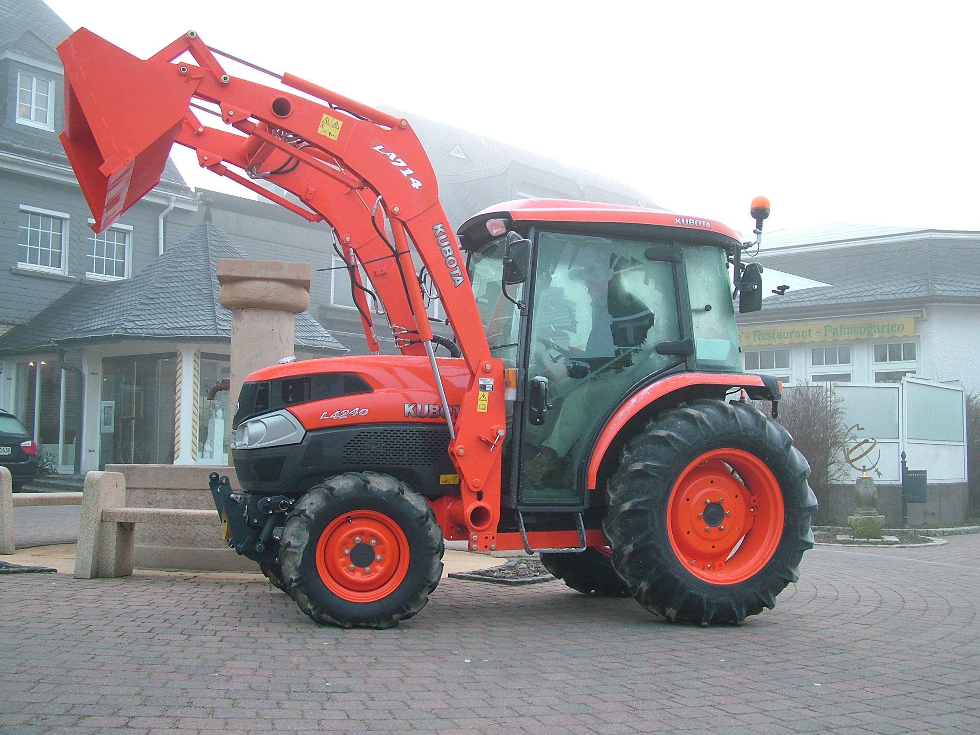 Dt Kubota M5500 Tractor Seats : Compact tractors kubota l ii dt hstc