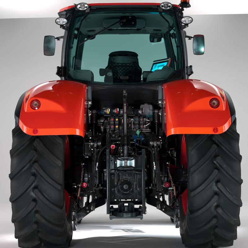 Agricultural Tractors M7151 Standard - KUBOTA